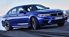 BMW M5, la berlina sportiva senza compromessi: 600 cv e prestazioni da brividi