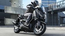 """Yamaha XMAX Iron Max, in sella alla versione """"premium"""""""