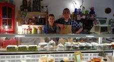 """Da raffinata rivendita a locale gourmet: trionfo di sapori al """"Mirtillo Viola"""""""