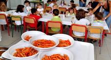 Rette delle mense non pagate, bimbi esclusi dal pranzo scolastico