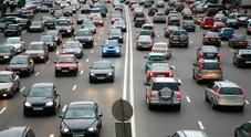Emissioni auto, domani in vigore i nuovi test Ue con prove in condizioni di guida reale