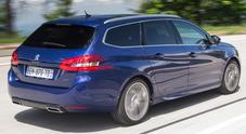 """Peugeot 308, """"chicche"""" da premium: un cambio da ammiraglia e motori evoluti"""