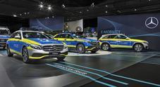 Mercedes, Polizia tedesca sceglie diesel ultima generazionea. A GPEC esposta gamma mezzi speciali anche ibridi, elettrici e fuel cell