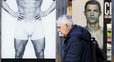 Napoli, Cristiano Ronaldo avvistato al corso Umberto, ma è solo la pubblicità di Yamamay (Newfotosud, Alessandro Garofalo)
