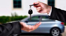 Auto, il noleggio sfida la proprietà: il mercato rallenta, crescono le vetture affittate. Una tendenza rafforzata dall'incertezza