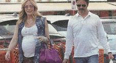 Brigitta Boccoli incinta col pancione: presto sarà mamma a 47 anni