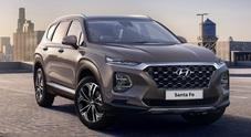Nuova Santa Fe, Hyundai svela le prime immagine. La 4^ generazione del Suv al salone di Ginevra