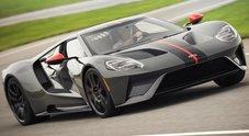 """Ford GT Carbon Series, ancora più grinta per la supercar grazie al """"pieno"""" di fibra di carbonio"""