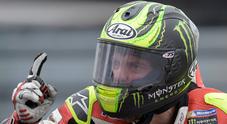 Brno, Crutchlow vince a sorpresa. Valentino rimonta ed è 2°, Marquez 3°