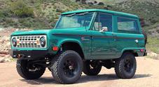 Ford Bronco, rinasce in California il 4x4 icona degli Anni '60. La replica ha un V8 5,0 litri da 426 cv