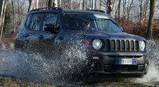 Ruggito Jeep: Renegade alza il tiro. Rinnovata in profondità: più connessa e confortevole