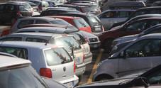 Cassazione, è reato di violenza privata parcheggiare troppo vicino a un'altra auto