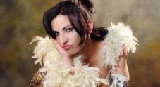 Morta Loredana Simioli, aveva 41 anni: l'attrice raccontò in video la sua lotta contro il cancro