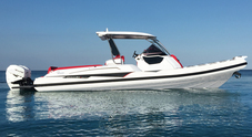 Provato in anteprima il Cayman 38 di Ranieri International. Con due Suzuki da 350 hp vola a oltre 50 nodi