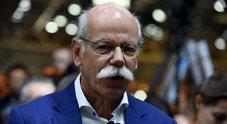 Zetsche (Daimler): «Mobilità del futuro ha bisogno della terza dimensione. Guida autonoma solo per i taxi»