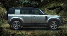 Land Rover, un Defender in edizione limitata prenotabile online: è il 72 Yrs Web Edition