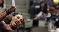 Serena Williams, furiosa con l'arbitro, perde la finale e la testa: «Ladro!»