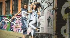 Jeans d'autore che passione torna l'eleganza: meno strappi sui denim