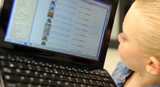Ogni bimbo ha 1300 foto/video sul web prima dei 13 anni
