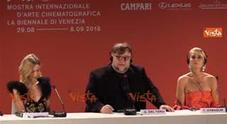 https://statics.cedscdn.it/photos/PANORAMA_MED/25/68/3962568_08_09_18_venezia75_del_toro_la_decisione_della_giuria_e_stata_unanime_9_a_0_00_30_web.jpg