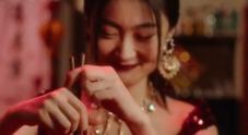 Bufera su Dolce e Gabbana, annullata la sfilata a Shangai: azienda accusata di razzismo