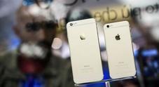 Apple e Samsung fanno pace: dopo 7 anni il patteggiamento sul caso iPhone