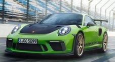 """Porsche 911 GT3 RS, la più estrema della famiglia. Trazione posteriore e 520 cv per il """"piatto"""" 6 cilindri 4.0 litri"""