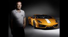 Lamborghini festeggia i 50 anni di carriera di Balboni, storico collaudatore delle GT del Toro