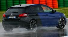 Peugeot 308 GTi, test estremo in pista. Sotto il diluvio il leone francese ruggisce sempre, ma se sbagli ti perdona