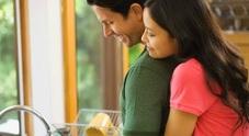 Sesso, dividere le faccende di casa migliora i rapporti nella coppia