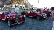 Auto storiche e Ferrari sbarcano a Ischia per una settimana dedicata all'heritage