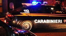Assalto notturno al bancomat sventato dai carabinieri Ladri in fuga lanciano chiodi