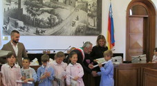 La città raccontata dai bimbi I mini reporter di Cattolica premiati dal Corriere Adriatico