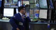 Borse europee deboli, a Piazza Affari banche in calo: Spread in rialzo a 317 punti