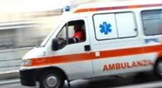 Si schianta in Panda: muore 94enne, ragazzo investito da un bus è grave