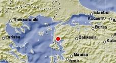 Terremoto, forte scossa in Turchia: paura a Istanbul e Smirne