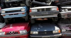 """Rottamazione auto, bonus di 2 mila euro. Sconti per chi acquista detersivi """"alla spina"""""""