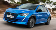 Un Leone ad alta tensione. Al volante di 208 e 2008 elettriche con cui Peugeot lancia la strategia per la mobilità sostenibile