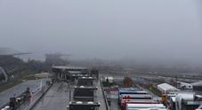 La nebbia sconfigge la F1, nessuna sessione di prove libere venerdì al Nurburgring