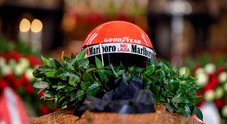 Addio a Lauda: in centinaia per il funerale dell'ex pilota di Formula 1