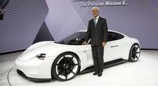 Porsche investe 6 mld euro per mobilità elettrica entro 2022. 1 mld per ibridizzare gamma e 500 ml per varianti Mission E