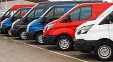 Mercato auto, calano a novembre le vendite dei commerciali: -9,7%. Unrae, pesa incertezza su credito d'imposta