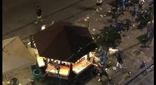 Castellammare: raid con spranghe e sedie in villa comunale, distrutto chalet