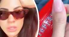 Giulia De Lellis e il video nella Ferrari di Andrea Iannone, fan furiosi: «Hai perso l'umiltà»