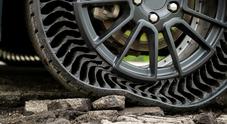 Michelin Uptis, tre premi per rivoluzionaria gomma senz'aria. Riconoscimenti da Golden Steering Wheel, Coyote e AVT Aces