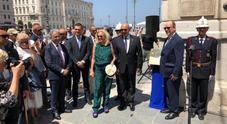 Alberto di Monaco inaugura la  targa che celebra la via Alpina