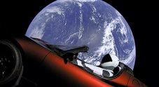 Tesla Roadster verso Marte: Falcon Heavy rivoluziona l'esplorazione spaziale