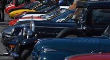 Napoli rivive l'atmosfera del Gran Premio con la rievocazione del Classic Car Club