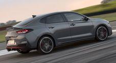 Hyundai a Parigi punta sulla sportività. Ecco la i30 Fastback N, berlina-coupé compatta ad alte prestazioni