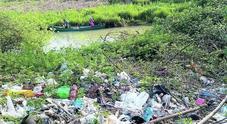 Il fiume Sile è sepolto dai rifiuti